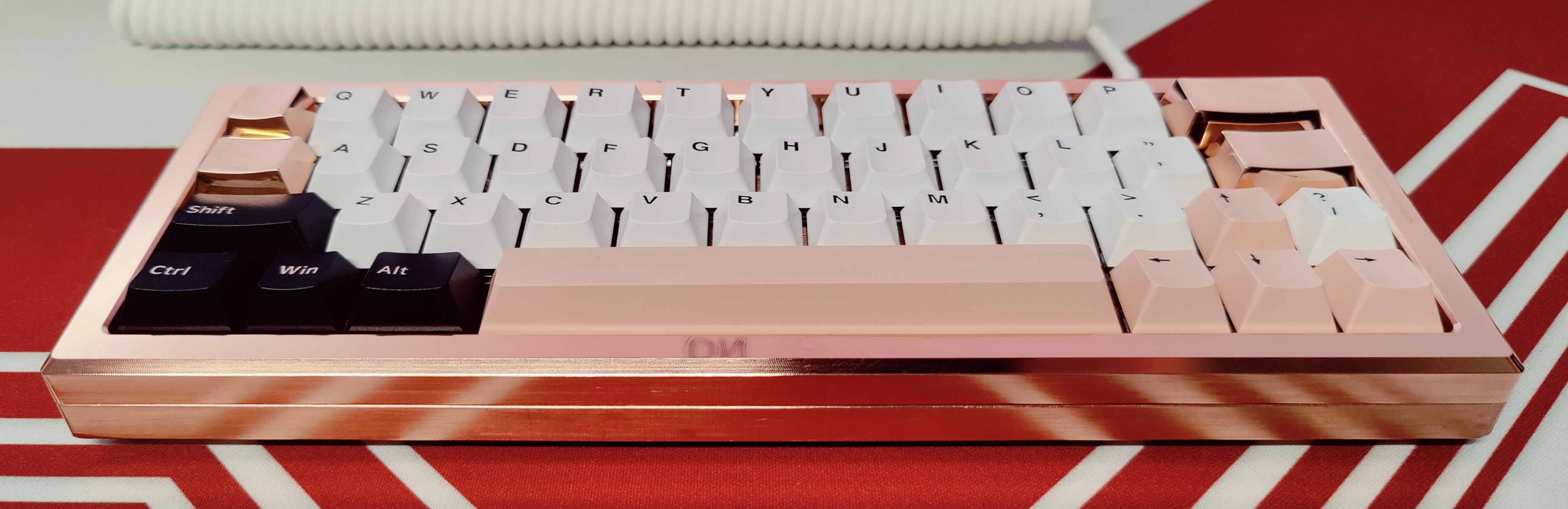 Copper Carpool with Fauxlivia keycaps and custom copper MiniVan keys