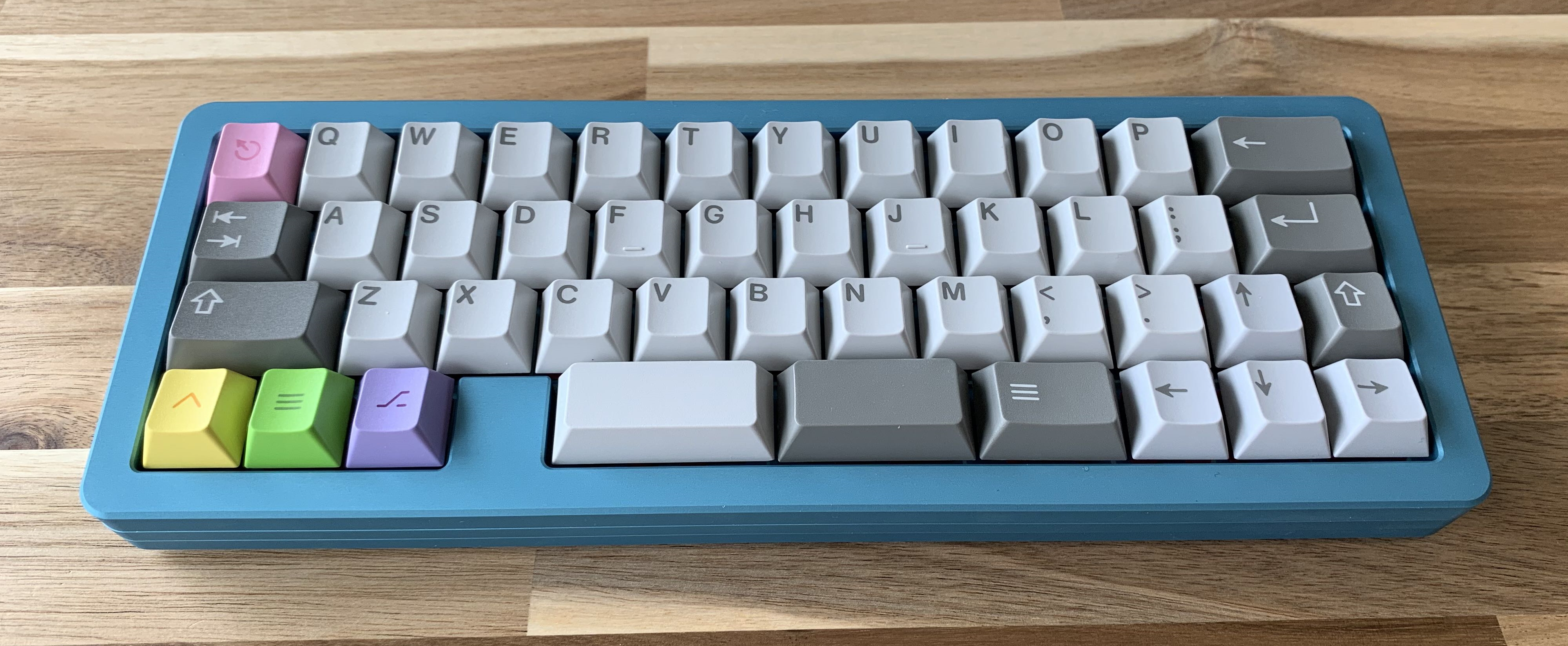 GMK Paperwork with an MHKB S-Type in Fabulous Teal