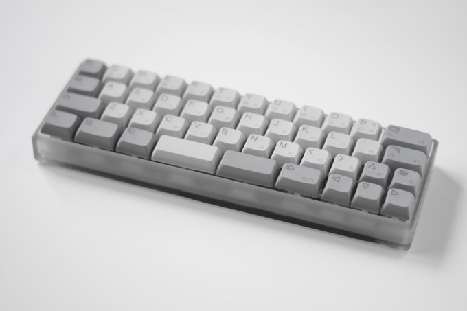Prototype KUMO with the included case and keycaps as seen in the Kickstarter campaign