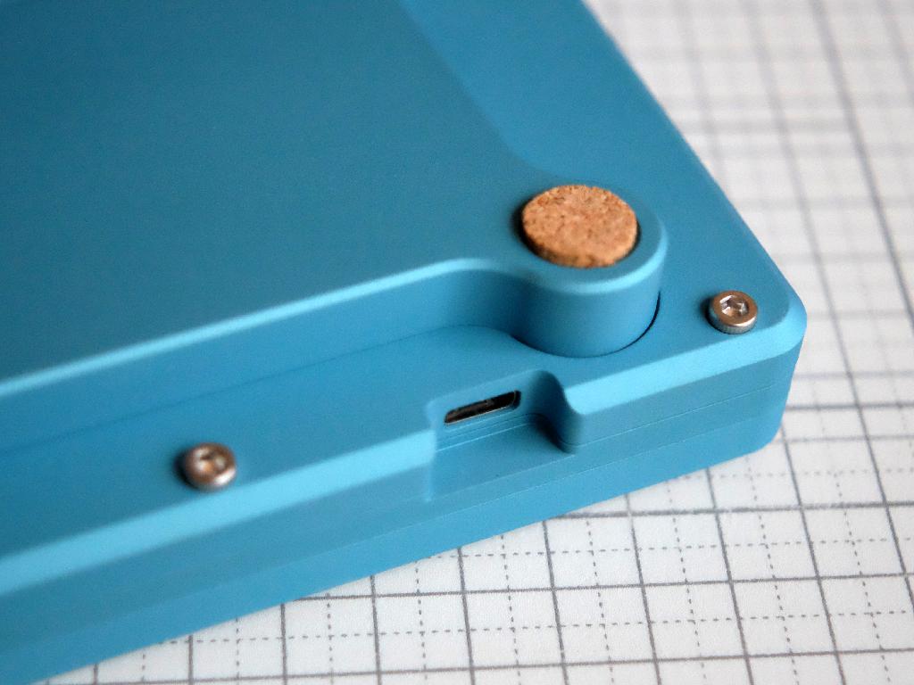 Closeup of MHKB USB port and optional foot