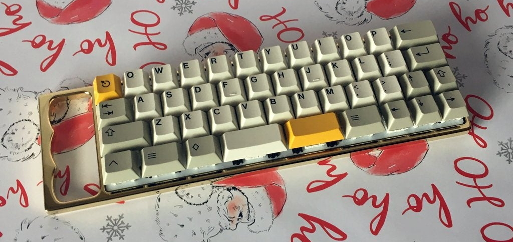 TheVan44 with GMK N6TU1-CR in a brass Rackmount