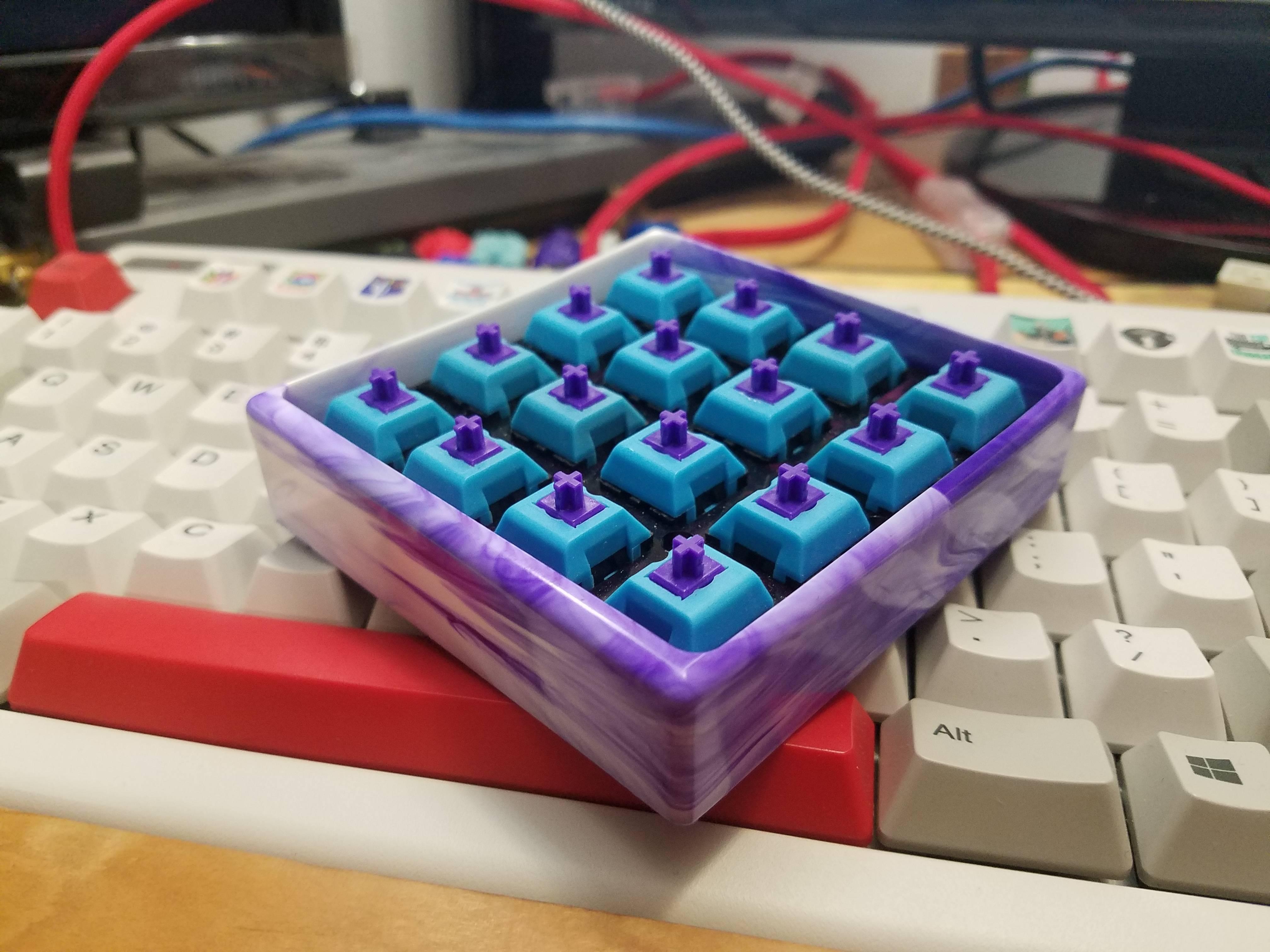 Custom resin case from Idea23